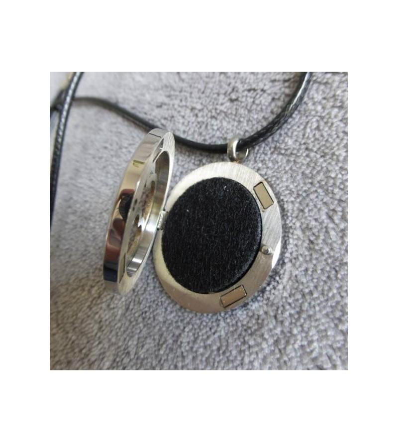 m/édaillon dange de noeud celtique avec 5 pierres de lave PCS et cha/îne 24 INFUSEU Pendentif de parfum de diffuseur dhuile essentielle Aromatherapy collier de femmes cadeaux pour Madame