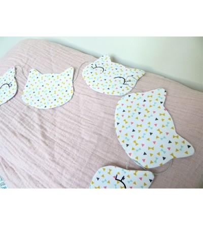 "Guirlande décorative ""Petits chats"""