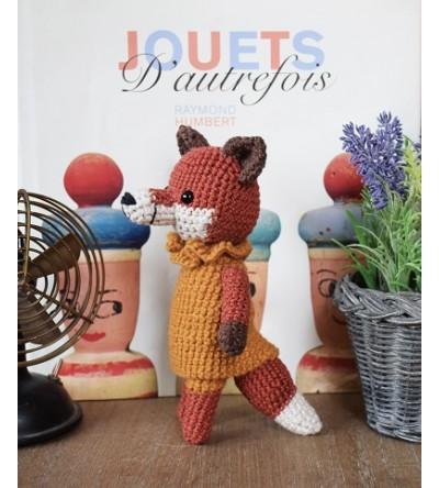 """""""Madame Renarde"""" - Peluche au crochet élégante!"""