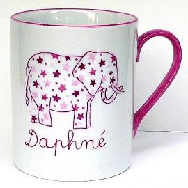 Cadeau de naissance original tasse personnalisable éléphant rose